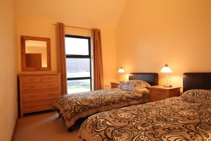 Ardmair lodge twin bedroom